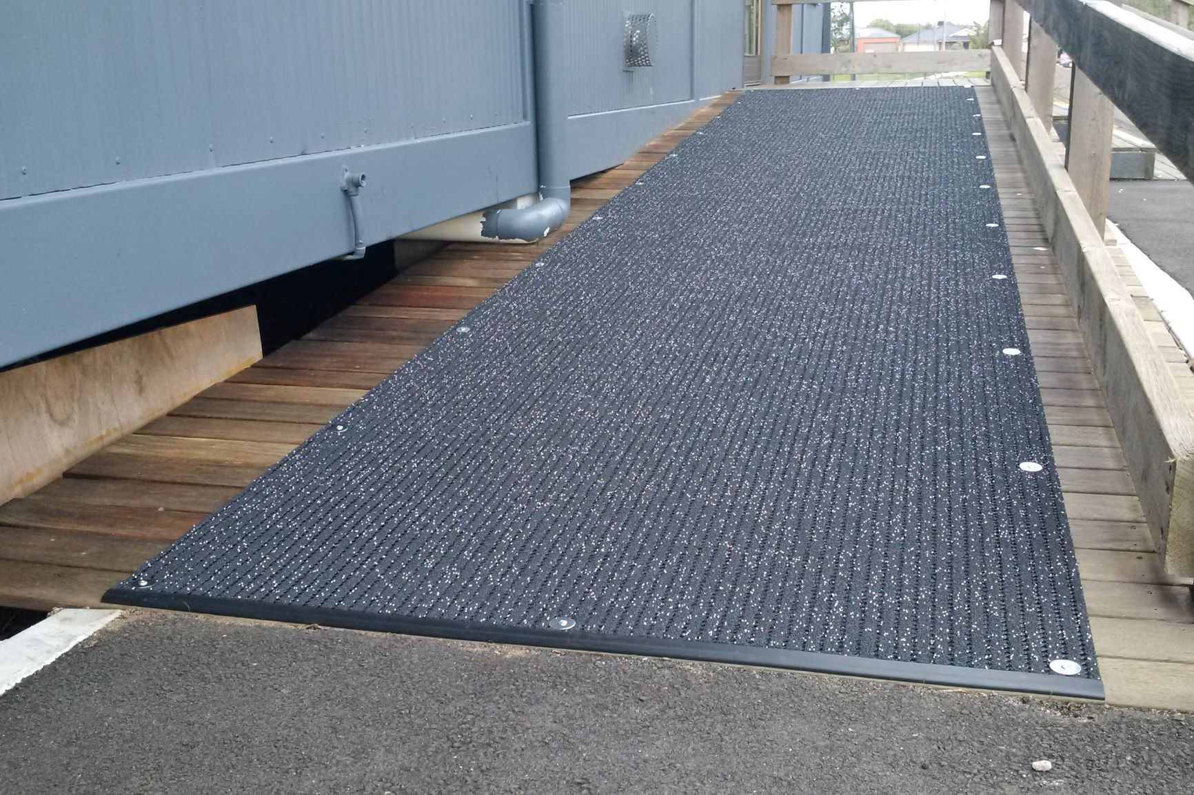 Variants Of Floor Mats That Are Suitable For Heavy Traffic Areas