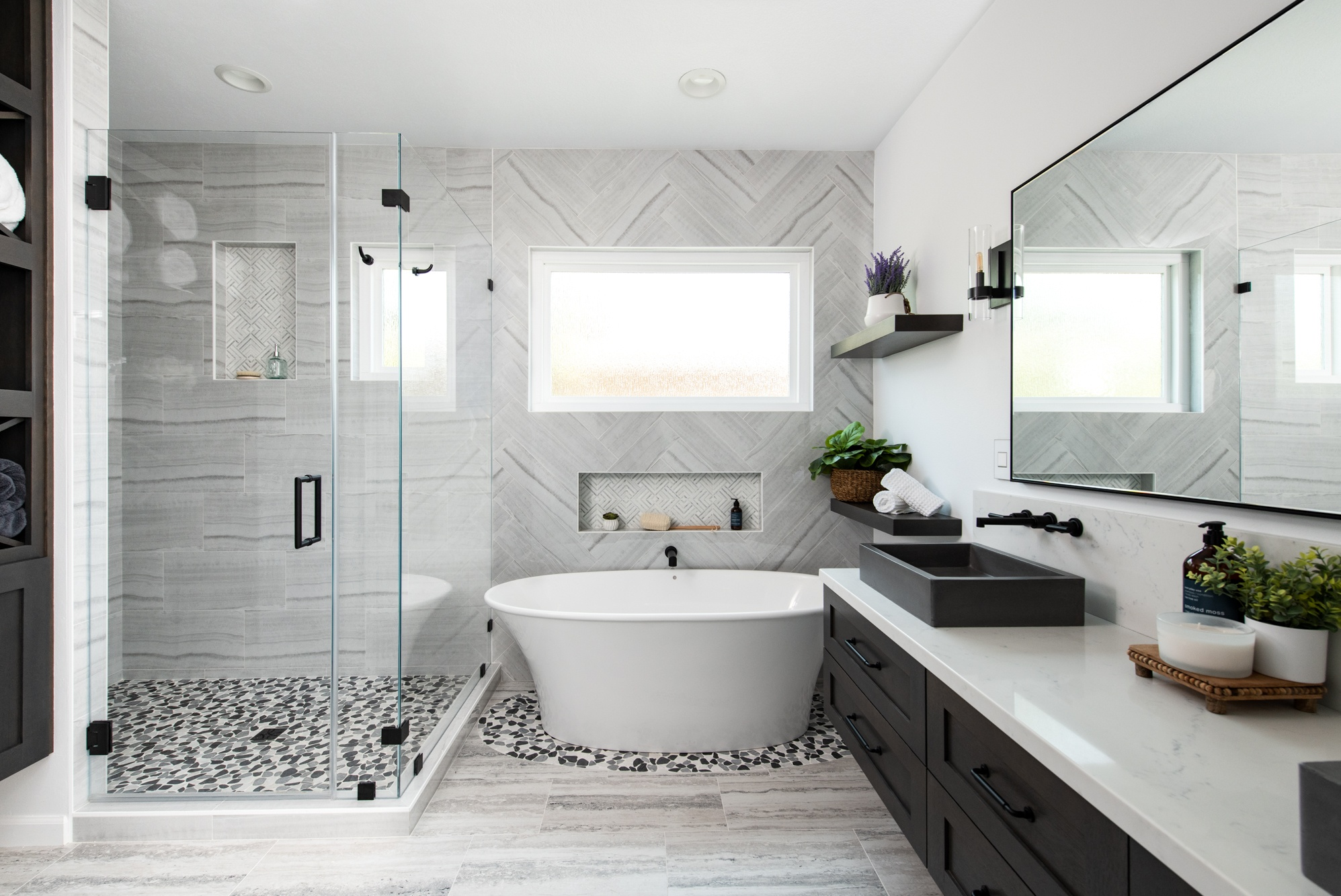 WHY YOU NEED TO HIRE A BATHROOM RENOVATION CONTRACTOR